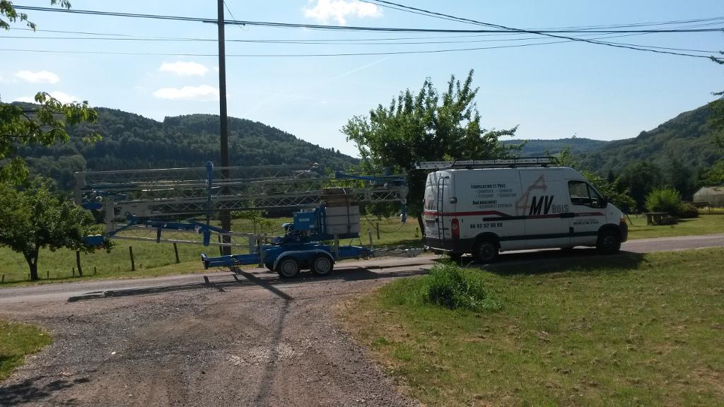 image grue MV Bois - Notre grue à tour 'Mazeau'